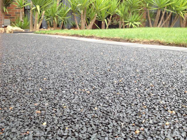 Decorative Pebble Paving Concrete Driveway Resurfacing