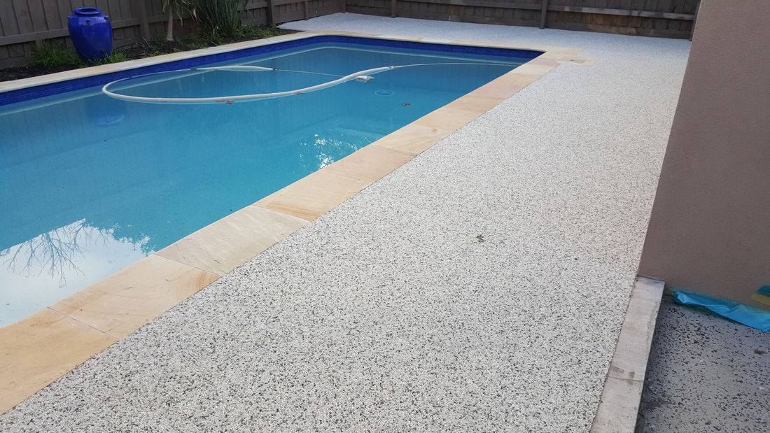 Decorative Pebble Paving Concrete Driveway Resurfacing
